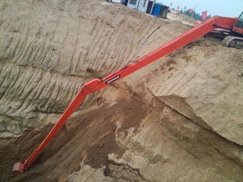 300-5斗山22米挖掘机加千赢app客户端